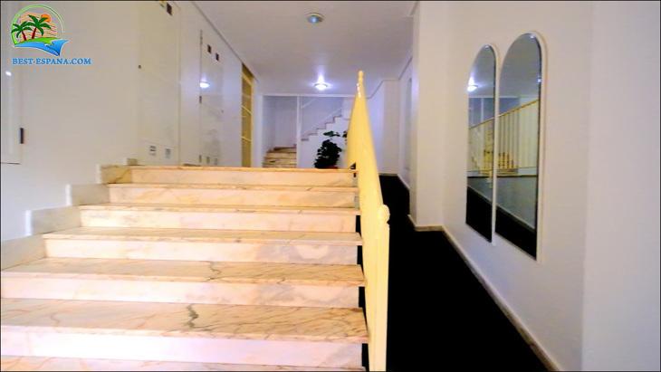 Fastigheter-Spanien-lägenhet-Torrevieja-vid-havet-28 bild