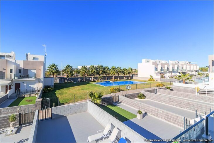 for-sale-townhouse-torrevieja-15 фотография