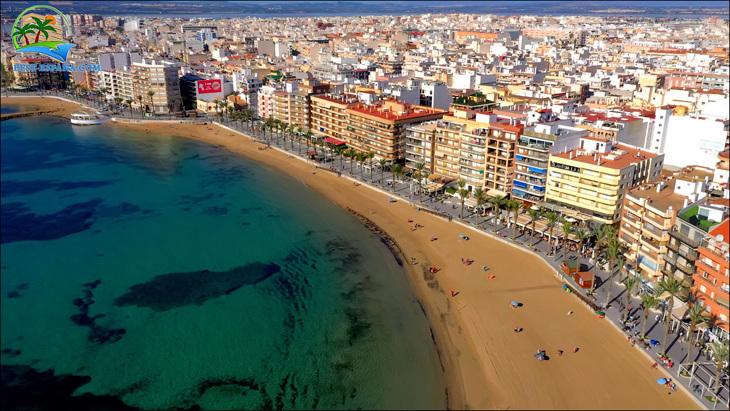 Fastigheter-Spanien-lägenhet-Torrevieja-vid-havet-35 bild