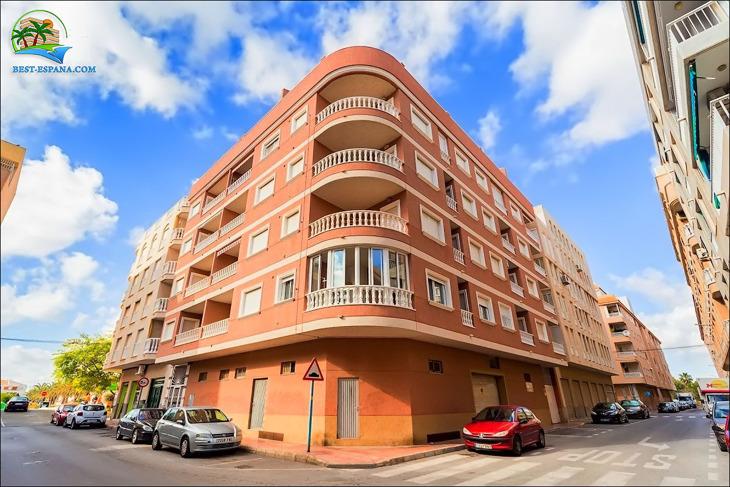 lägenhet i Spanien vid havet Torrevieja 02 foto