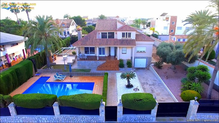 Luxury-villa-in-Spain-by-the-sea-03 photo