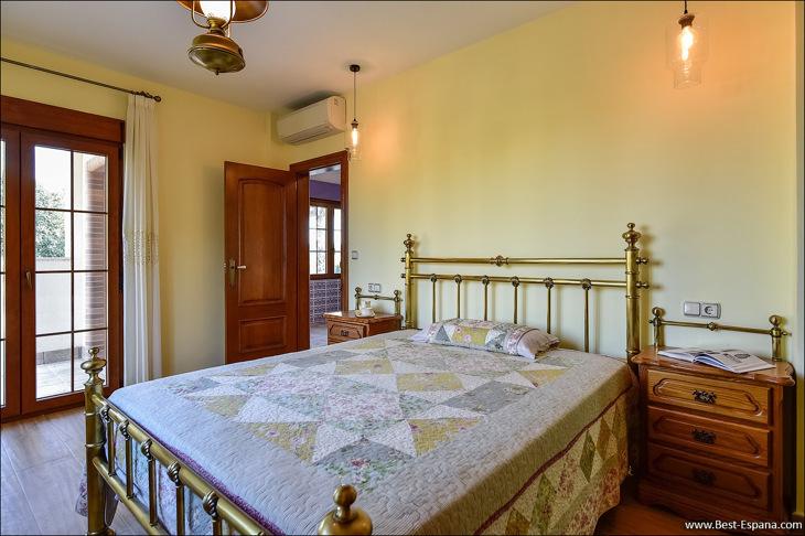Luxury villa in Spain premium 49 photo