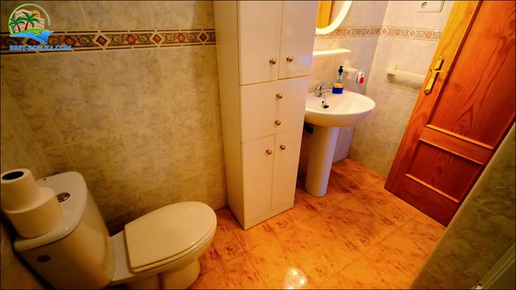 Fastigheter-Spanien-lägenhet-Torrevieja-vid-havet-20 bild