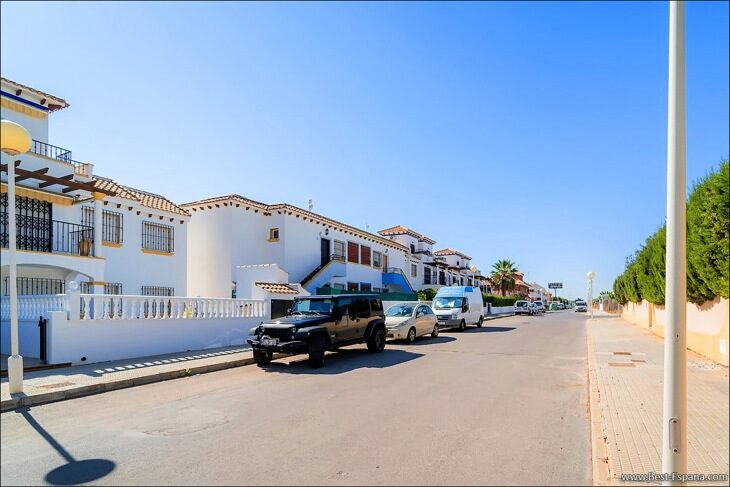 Apartment-penthouse-duplex-in-Spain-51 photo