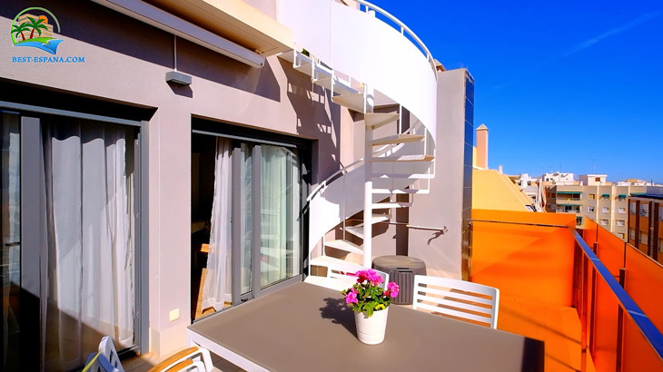 Luxus-Penthouse-in-Spanien-by-the-Sea-10 Foto