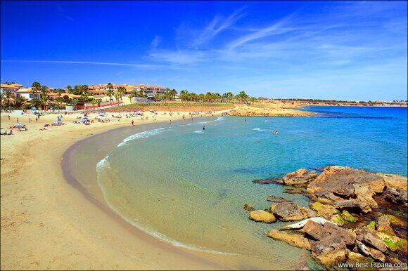 Sandstrand Playa Flamenca mit blauer Flagge