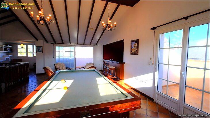 Luxury-villa-in-Spain-by-the-sea-42 photo