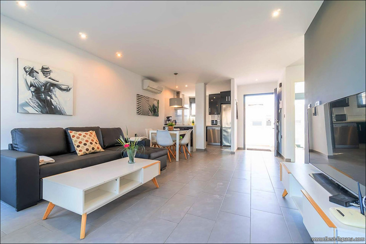 apartment-in-la-Zenia-12 photo