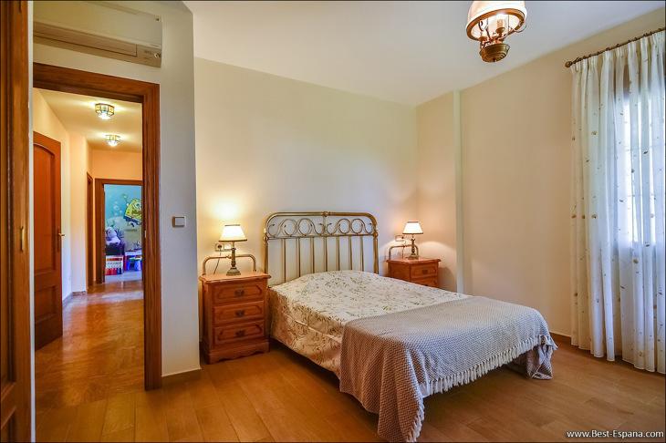 Luxury villa in Spain premium 26 photo