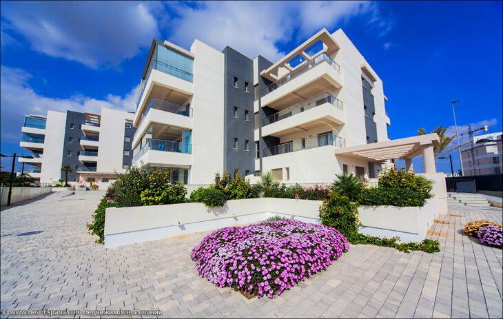 Stock Foto Neue Wohnungen im Green Hills Komplex