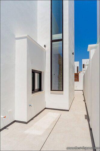 luxury-villa-spain-property-17 photo