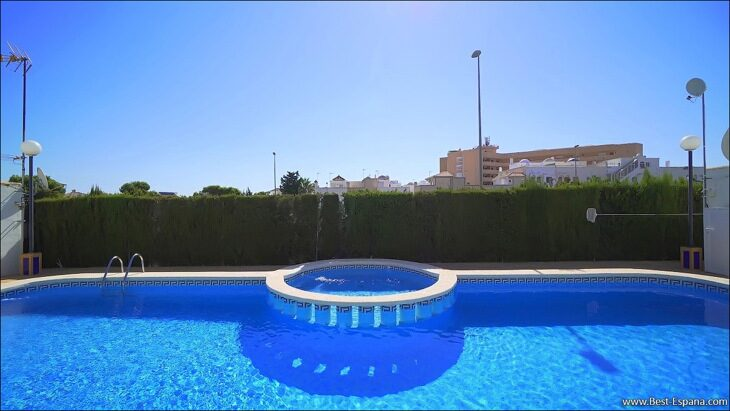 Apartment-penthouse-duplex-in-Spain-53 photo