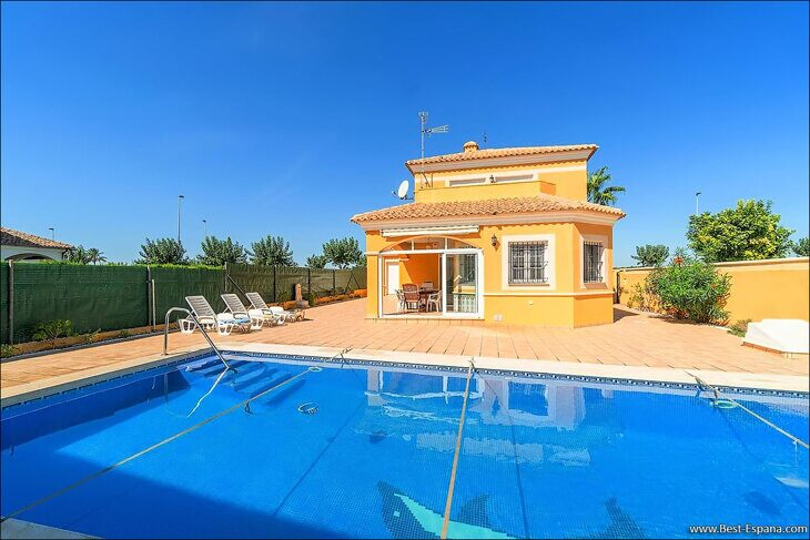Stock Foto Large villa in Spain with pool