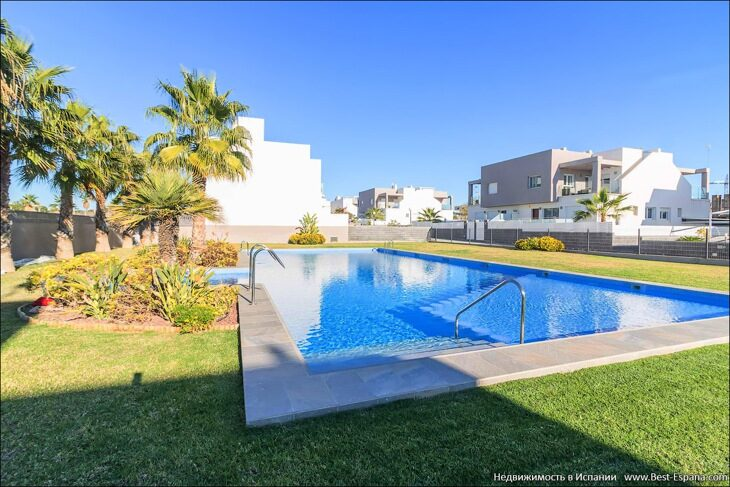 for-sale-townhouse-torrevieja-20 фотография