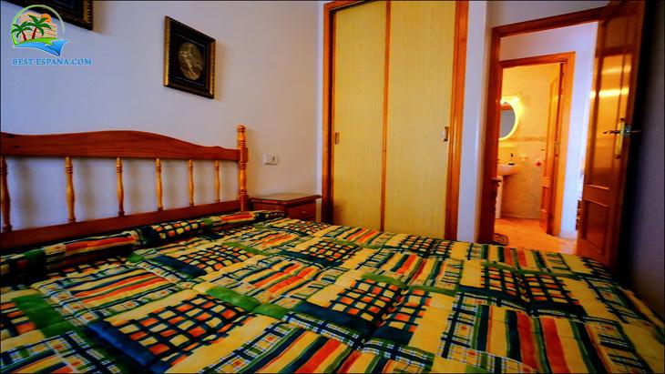 Fastigheter-Spanien-lägenhet-Torrevieja-vid-havet-18 bild