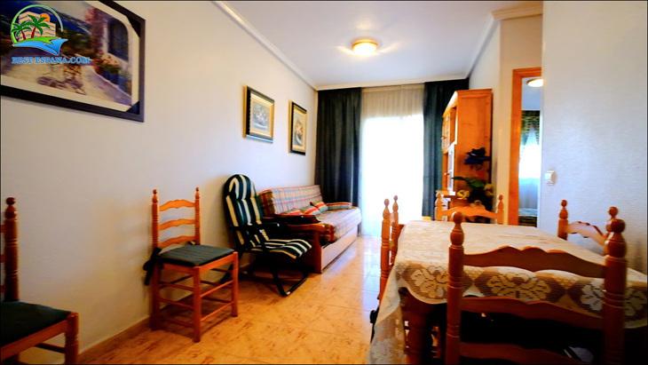 Fastigheter-Spanien-lägenhet-Torrevieja-vid-havet-03 bild