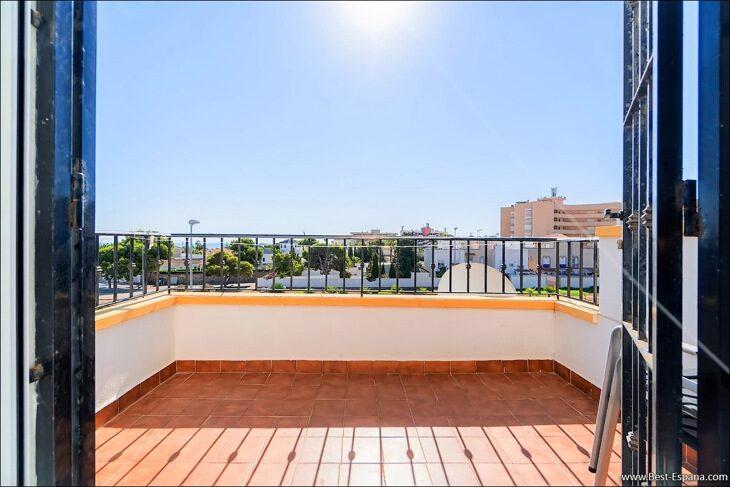 Apartment-penthouse-duplex-in-Spain-28 photo