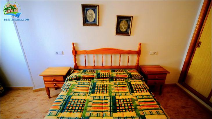 Fastigheter-Spanien-lägenhet-Torrevieja-vid-havet-16 bild