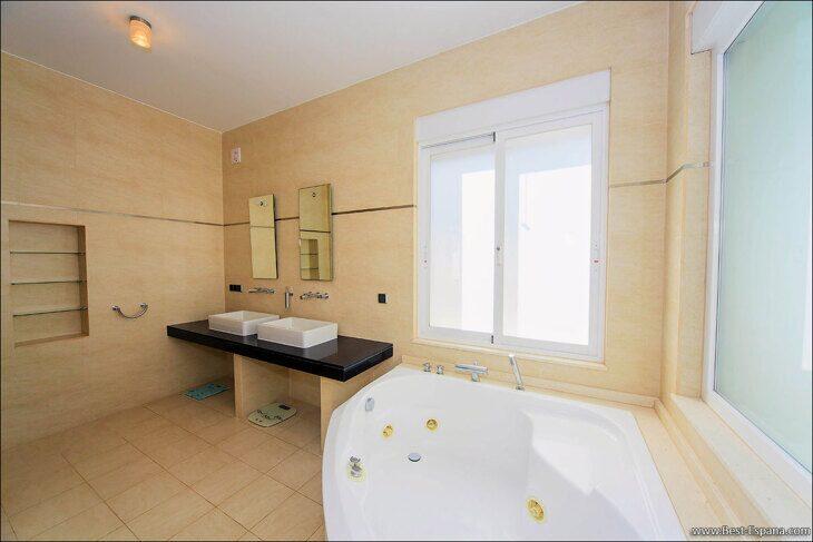 luxury-property-Spain-villa-in-Altea-Hills-24 photo