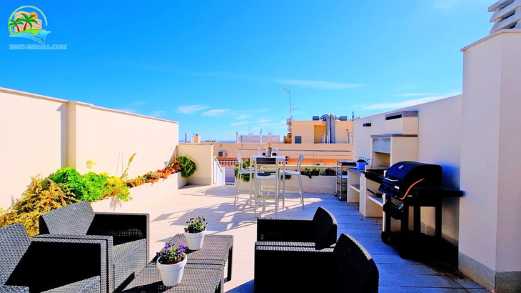 Luxus-Penthouse-in-Spanien-by-the-Sea-32 Foto
