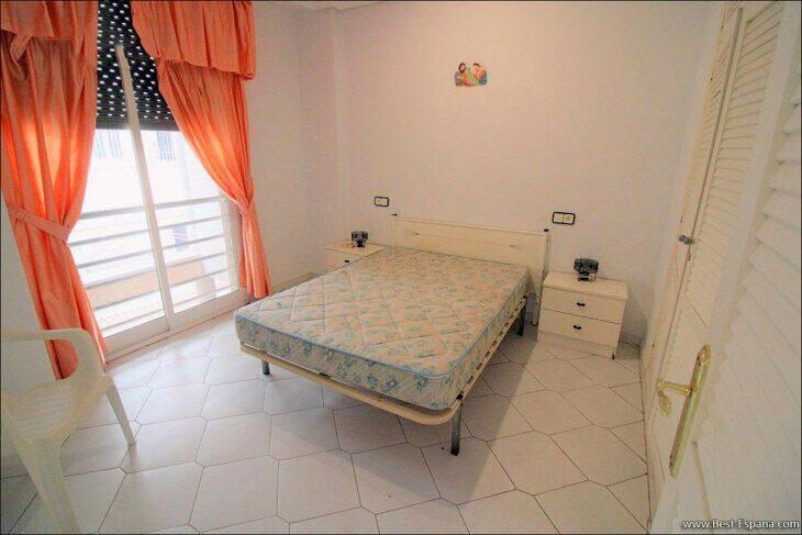 Spanien-Wohnung-mit-einer-großen-Terrasse-und-Ofen-Grill-17 Fotografie