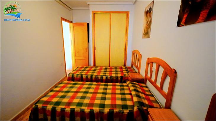 Fastigheter-Spanien-lägenhet-Torrevieja-vid-havet-22 bild